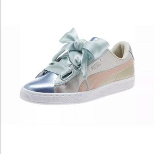 NWT Puma Basket Heart Bauble Silver shoes Size 8.5